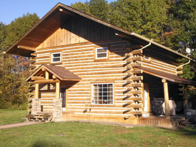 Some basic steps to build a log cabin with hand diy for Inexpensive cabins to build