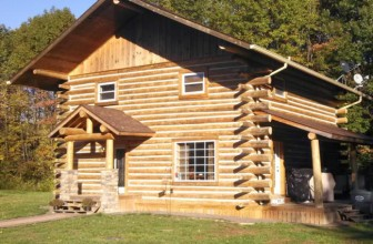 How to Build a Log Cabin with These Simple Steps